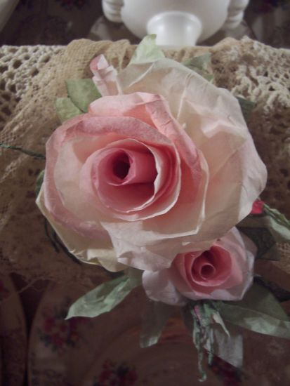 (BEAUTY1) Victorian Paper Rose Clip Lamp Decor Chic n Shabby!