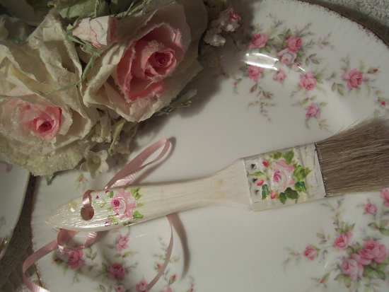 (pb4) HANDPAINTED ROSE PAINT BRUSH!