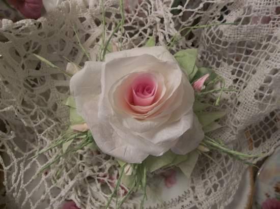 (Miss Trudie)  Handmade Paper Rose Clip