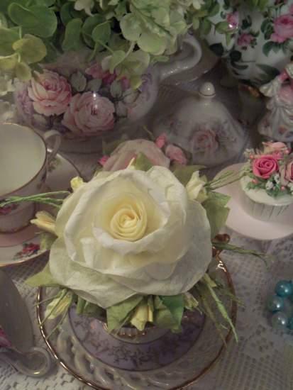 (Nellie) Handmade Paper Rose Clip