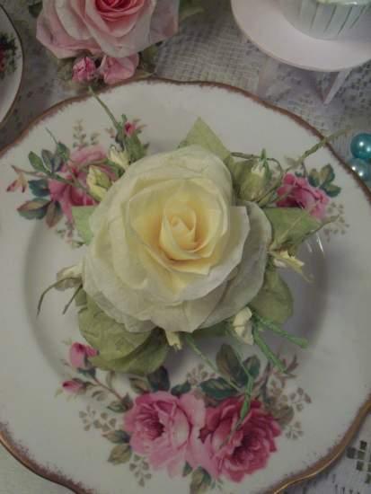 (Odell) Handmade Paper Rose Clip