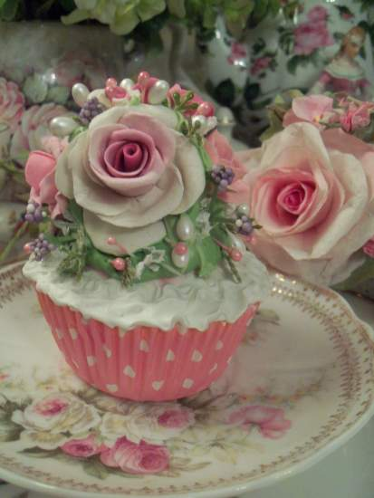 (Romantic Rose Cupcake) Fake Cupcake