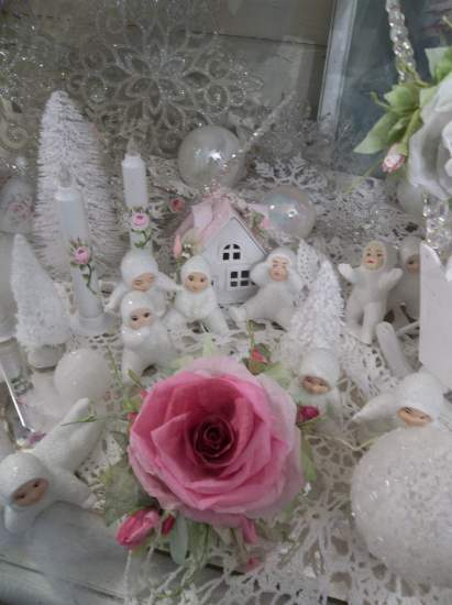 (Noel Rose) Handmade Paper Rose Clip