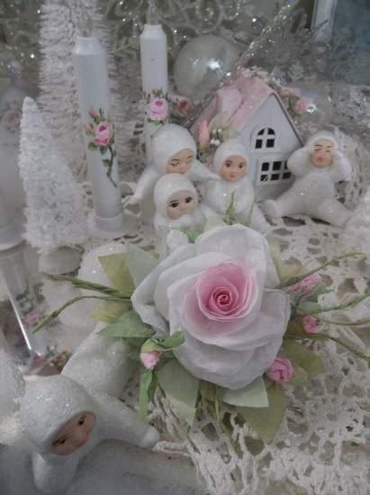 (Maria) Handmade Paper Rose Clip