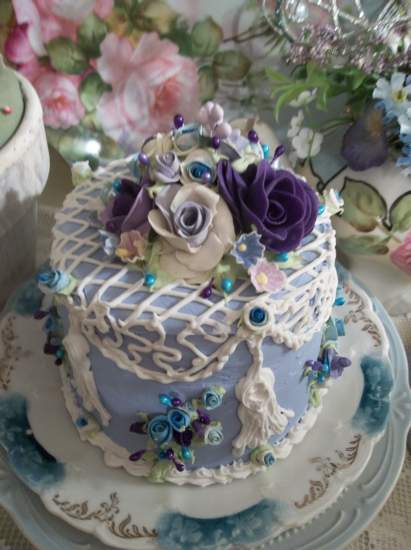 (Texas Lilly Belle) Funky Junk Fake Cake