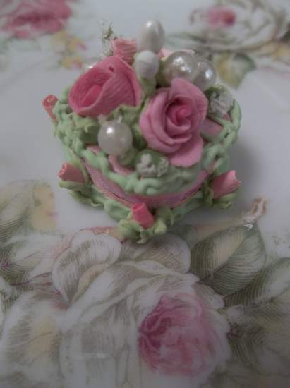 (Doll House Sized Heart Cake) Doll House Sized Fake Cake