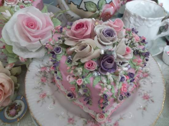 (Handmade with Grace) Over 200 Roses And Buds On a Tear Drop Fake Cake