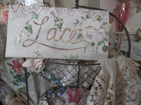 (Lace And Ivy) Handpainted Sign