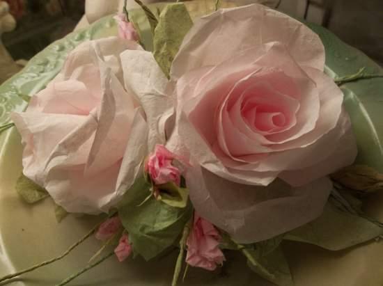 (Emaline Rose) Handmade Paper Rose Clip