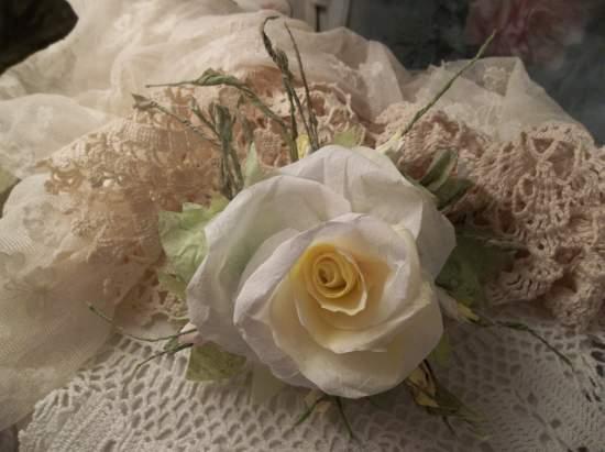 (Martha) Handmade Paper Rose Clip