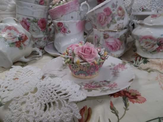 (Carnival Rose) Fake Cupcake