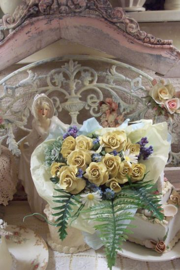 (BQy2) 12 Pretty Handmade Clay Rose Victorian Bouquet