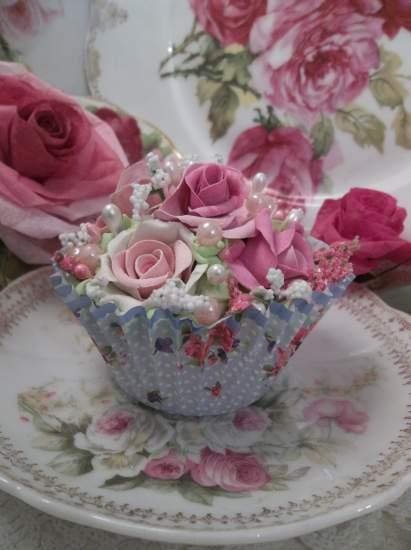 (Paula Rosa) Fake Cupcake