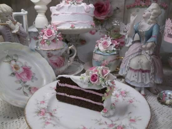 (The Skinny Queens Slice Of Cake) Fake Cake Slice