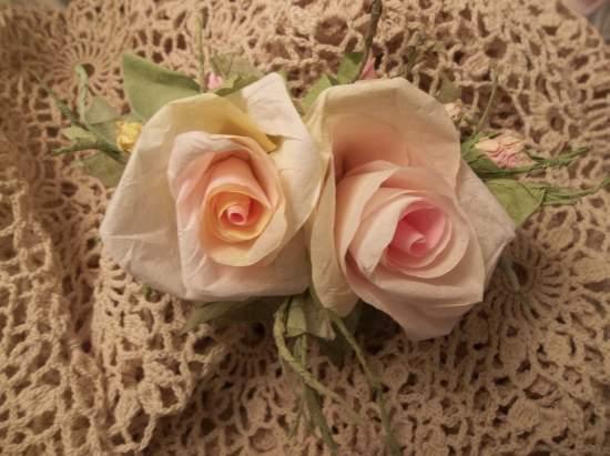 (Georgina Peach) Handmade Paper Rose Clip