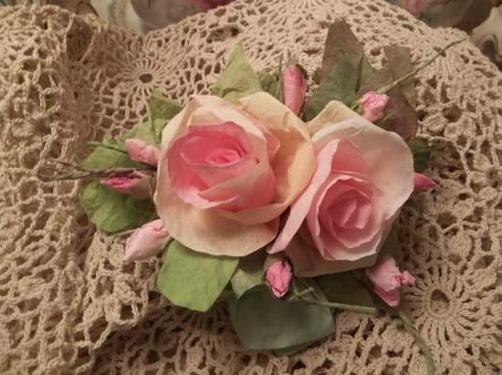 (Sunshine Sallie Anne) Handmade Paper Rose Clip