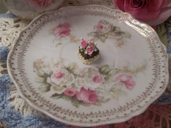 (Chocolate Cake) Doll House Sized Fake Cake