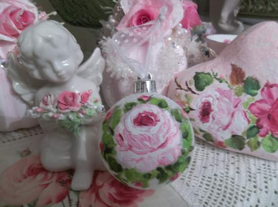 (Pink Rose Christmas) Handpainted Glittered Christmas Ornament