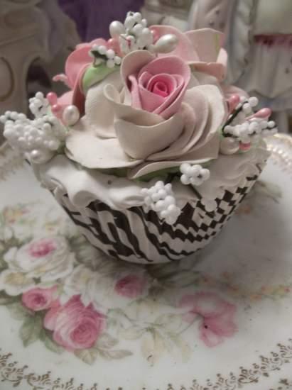 (Jungle Rose) Fake Cupcake