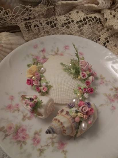 (Florina) Mini Marvel Decorated  Sea Shells  Beach Decor  Wedding Natural , Pearls , Roses Love Art