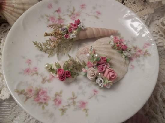 (Mayshell) Mini Marvel Decorated  Sea Shells  Beach Decor  Wedding Natural , Pearls , Roses Love Art