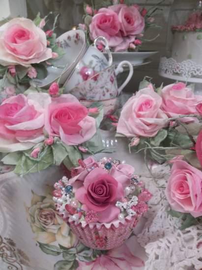 (Lacey Sparkles) Fake Cupcake