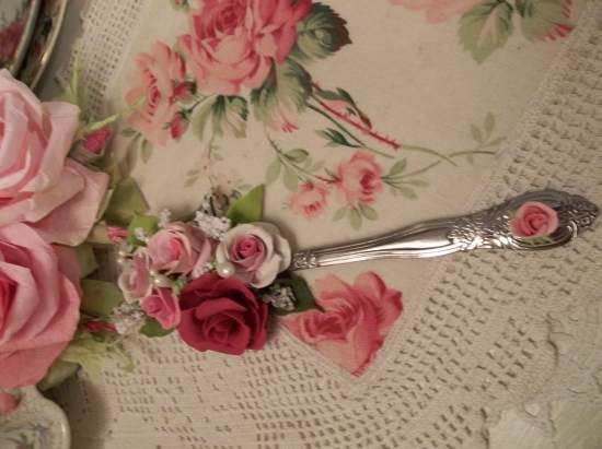 (Loving Spoonful Of Beauty) Decorated Tablespoon (Not Vintage)
