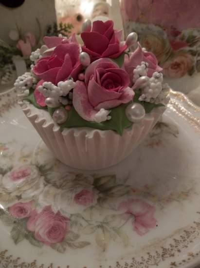 (Pamela Rosa) Fake Cupcake