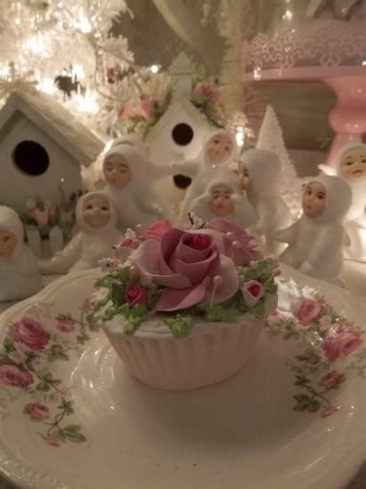 (Jen) Fake Cupcake