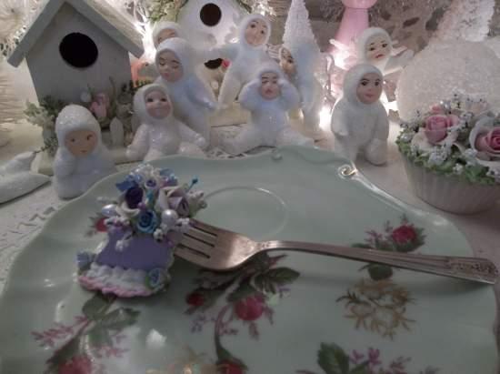(Brook) Vintage Fork, Bite Of Fake Cake