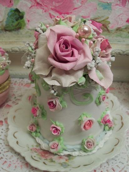 (Lili Rosa) Funky Junk Fake Cake