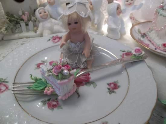 (Lisa Lou) Vintage Fork, Bite Of Fake Cake Fairy Food