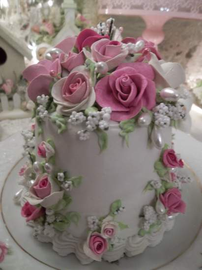 (Maureen Rosa) Funky Junk Fake Cake