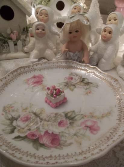 (Tiny Tina) Funky Junk Fake Cake