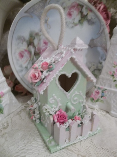 (Bella's Cottage) Decorated Birdhouse
