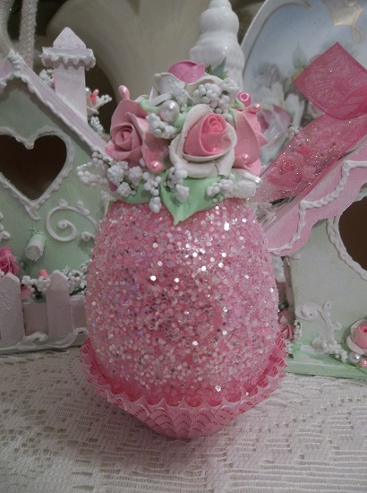 (Pauletta) Decorated Easter Egg