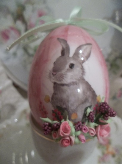 (Maryanne) Decorated Easter Egg