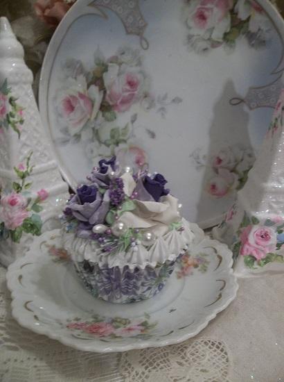 (Violetina) Fake Cupcake