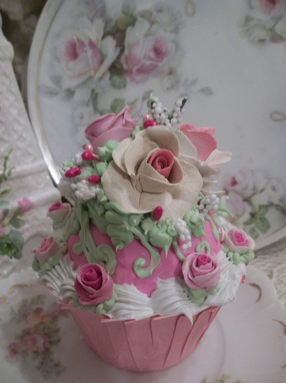 (Maybella) Fake Cupcake