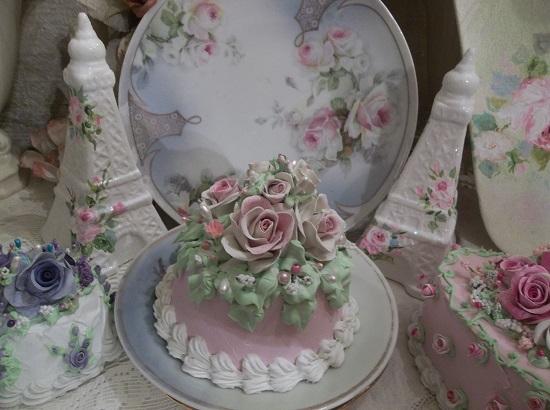 (Rosa Quinn) Funky Junk Fake Cake