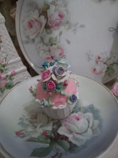 (Bradey Rose) Fake Cupcake