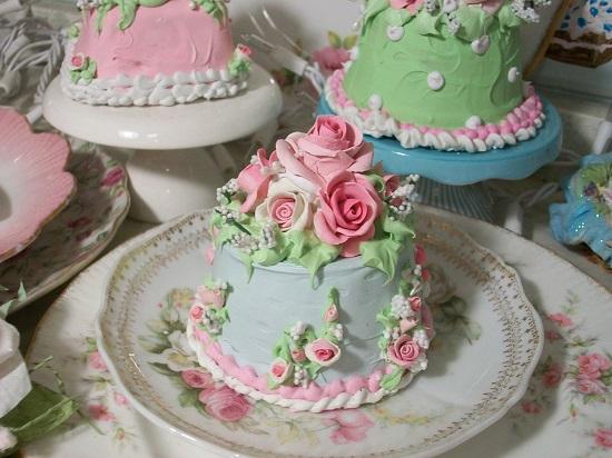 (Summerina) Funky Junk Fake Cake