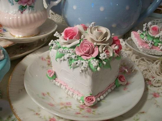(Marsha May) Fake Cake Slice