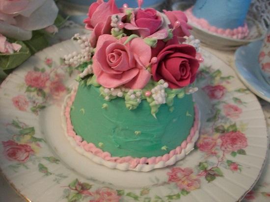(Lizzy) Funky Junk Fake Cake