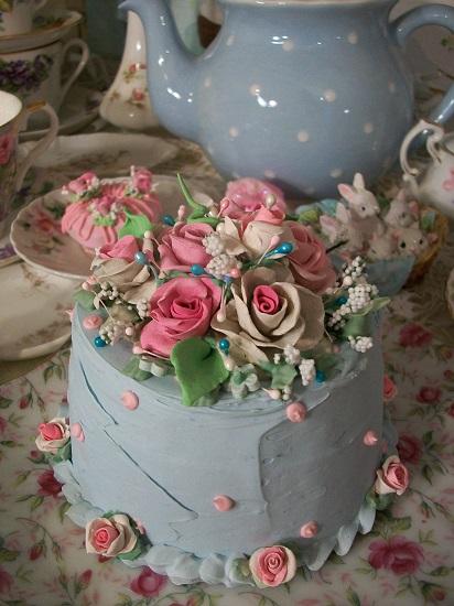 (Lorna) Funky Junk Fake Cake