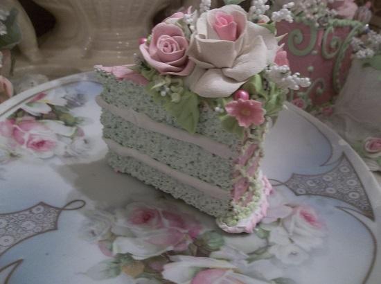 (Amazing Gracie) Fake Cake Slice
