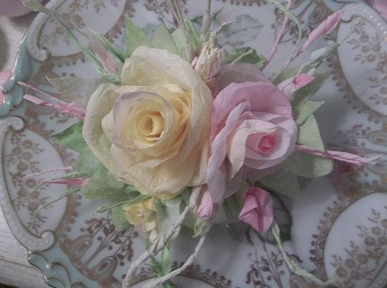 (Verbena Rosa) Handmade Paper Rose Clip