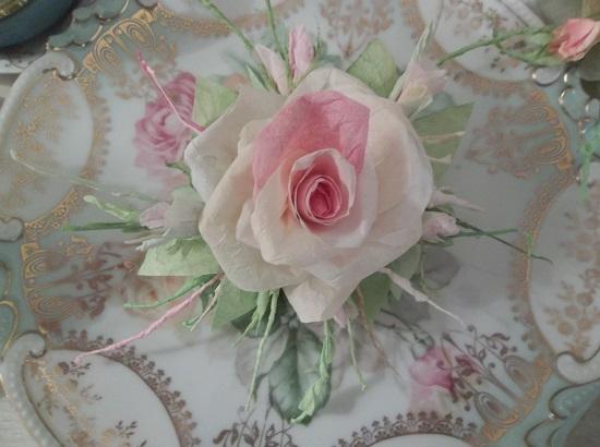 (Teri) Handmade Paper Rose Clip