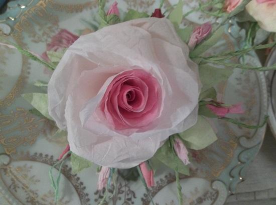 (Marilla) Handmade Paper Rose Clip