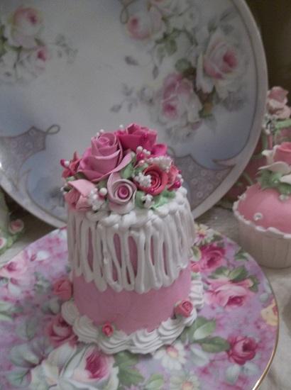 (Tea Party Pamela) Funky Junk Fake Cake